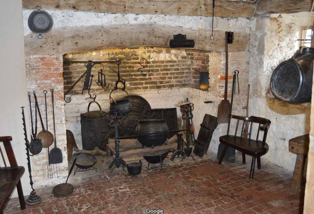 Anne of Cleves House Museum